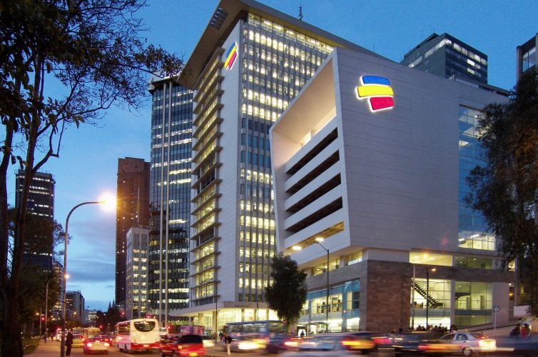 BANCOLOMBIA & AWS
